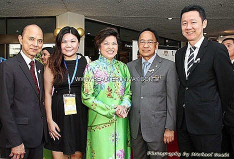 Malaysia Tourism Minister Dato Seri Dr Ng Yen Yen Professor Dato Dr Jimmy Choo OBE shoe couture designer ministers Beaute Runway