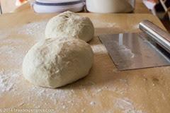 sourdough-garlic-knots-1-2