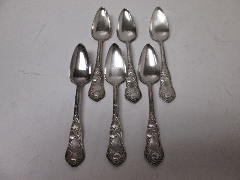 W.M. Rogers Citrus Spoon Set