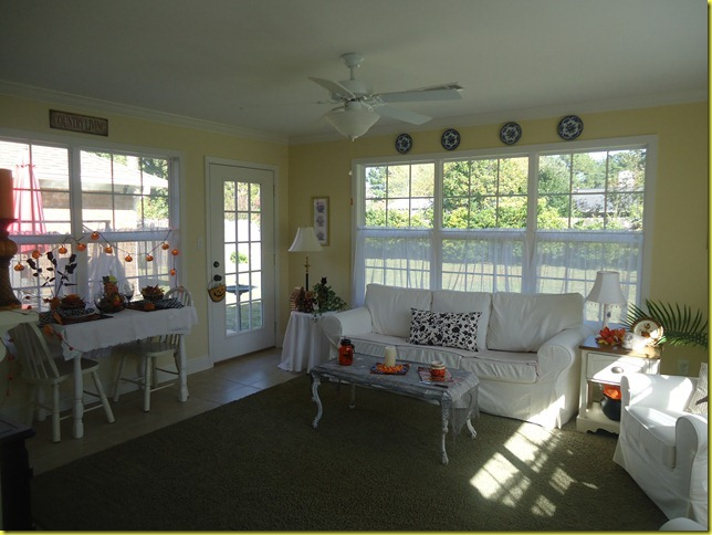 Sunroom Halloween 2011 001