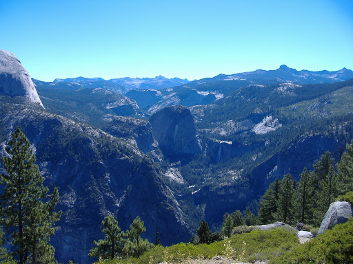 From Glacier Point, this is the view up Merced Canyon. Illilouette Canyon is to the right of this photo.©backpackthesierra.com