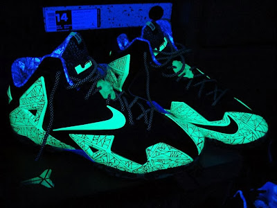 nike lebron 11 gr allstar 10 04 This is How Gator King Nike LeBron 11 Glows Under Black Light!