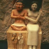 08.- El enano Seneb y su familia