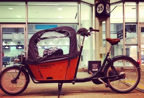 Dutch cargo bike - biking to the airport