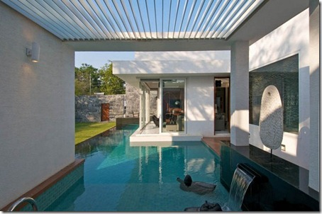 Exterior Dinesh Bungalow by atelier dnD4