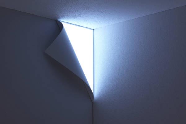 Luminária-Canto-Parede-Teto-Descascando