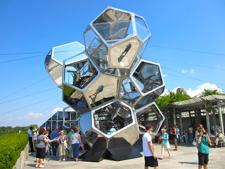 Museums of New York: Tomas Saraceno structure