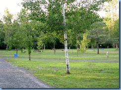 6897 Sleepy Cedars Campground Greely Ottawa - evening walk shows empty campground