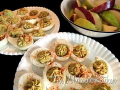 Avocado Devilled Eggs w Fruit