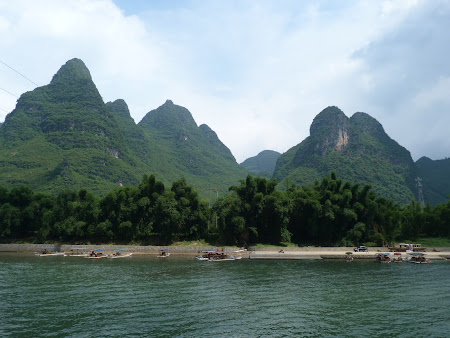 Excursie in China: Munti fantastici la Guilin