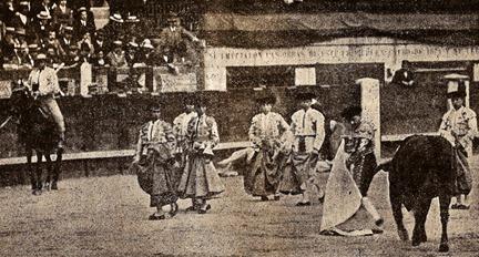 1912-05-26 (p.30 SyS) Madrid Bienvenida remata un quite 001