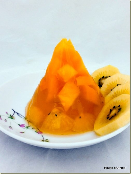 Mango and kiwi fruit jelly