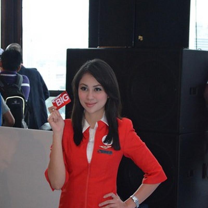 Pramugari Air Asia jadi perhatian