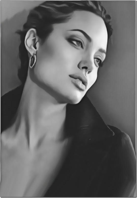 Angelina Jolie (40)