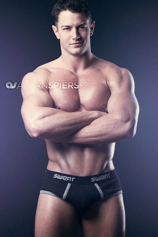 Jessie Adonis by Allan Spiers Photography