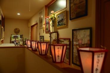 廊下でぼんぼり祭り
