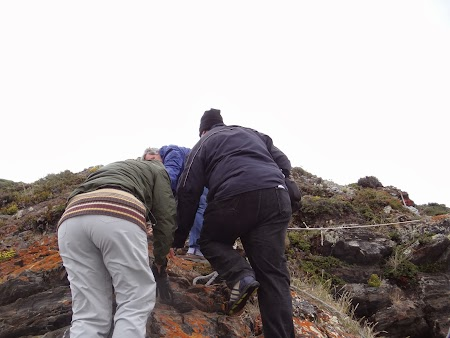 Tara de Foc: Debarcam pe insula H