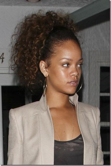 Rihanna Rihanna Giorgio Baldi Restaurant rKWKuMv_B9Kl