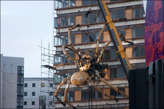 Giant_Spider_Machine_01