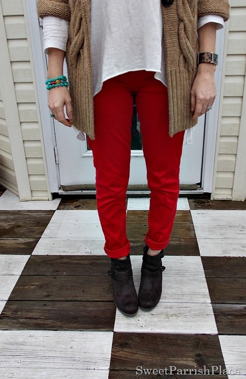 red skinny jeans, tan chunky sweater, brown booties3