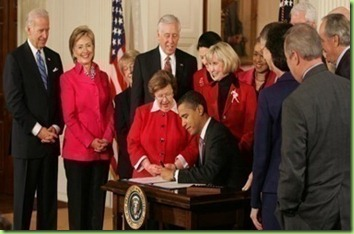 Barack_Obama_signs_Lilly_Ledbetter_Fair_Pay_Act_of_2009_1-29-09_crop380w
