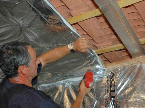 Isolation thermique : Isolant multirflecteur sous toiture - Bricolage