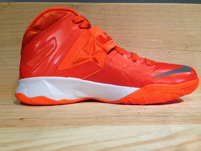 nike zoom soldier 7 tb brilliant orange 2 04 Closer Look at Nike Zoom Soldier VII Team Bank Styles