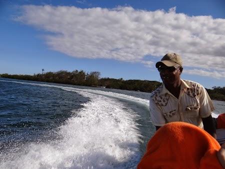 Ile aux Cerfs, insula cerbilor din Mauritius: Cu salupa pe Oceanul Indian