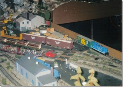 02 LK&R Layout at GATS in Portland, Oregon in October 1998