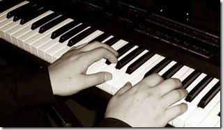 acordes com quarta no teclado