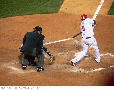 'Ryan Howard Swinging Away' photo (c) 2008, Scott Miller - license: https://creativecommons.org/licenses/by-nd/2.0/