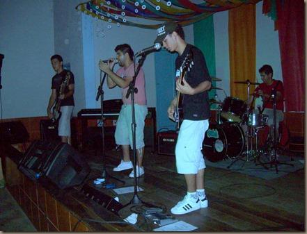 banda-tavulah-segundo-show-de-talentos-quatis- (17)