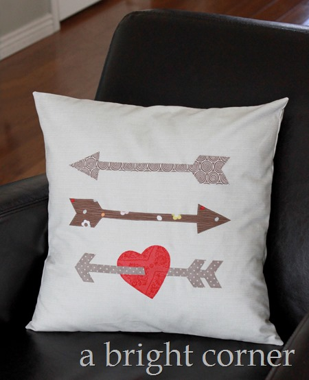Cupid's Arrow pillow tutorial