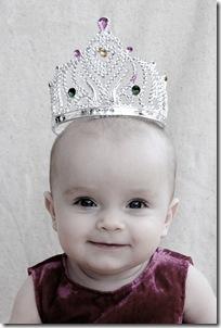 Lisa nästan 7 månader o svensk prinsessan e född! 017