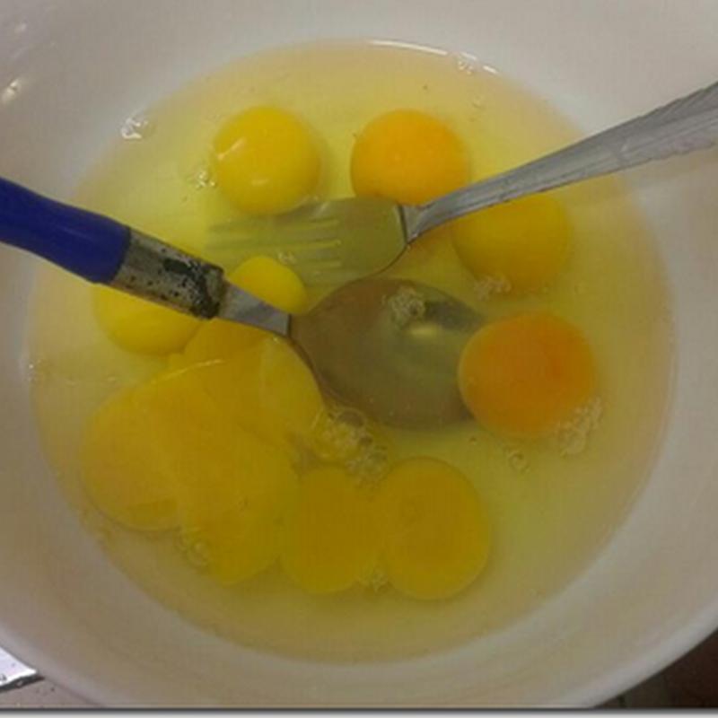 2 bungkus maggie dengan 10 bijik telur ?