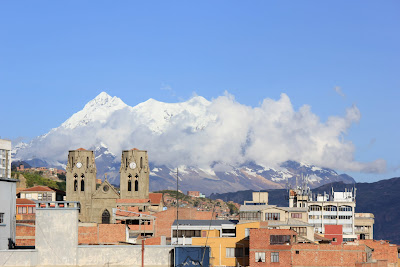 Illimani looks over the city
