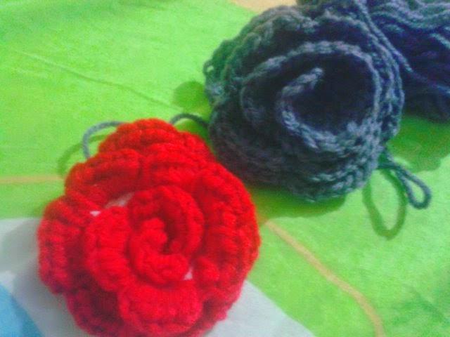 Mis Creaciones Tejidas: Tutorial para Rosas tejidas en crochet