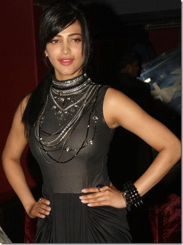 shruti_haasan_stylish_photo