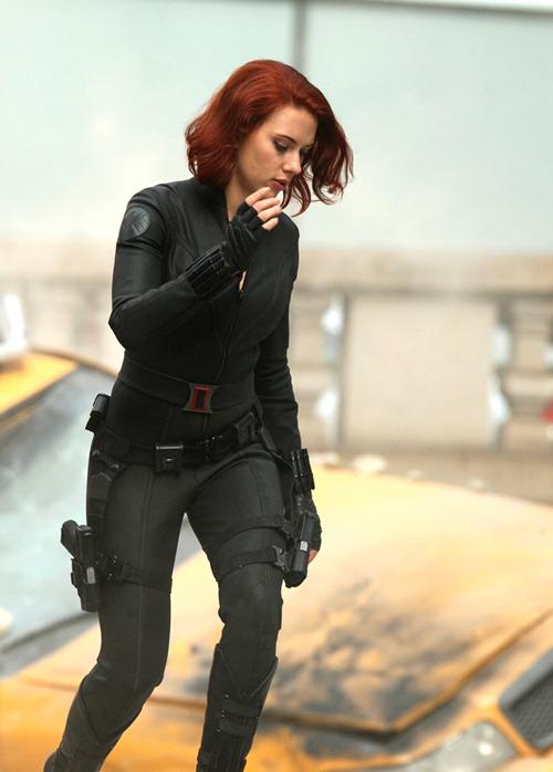 scarlett johanson avengers (3)