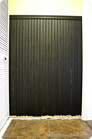 black beadboard