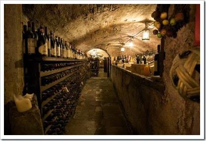 Lucca-wine-cellar