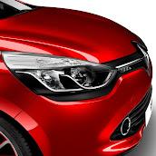 2013-Renault-Clio-4-Mk4-Official-37.jpg