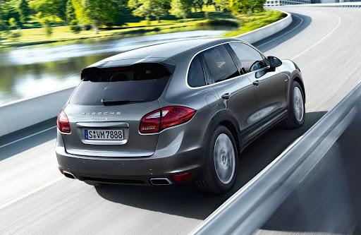 2013-Porsche-Cayenne-S-Diesel-08.jpg