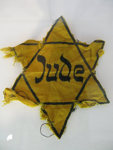 jumped selected nay germans rabbi wear juden patch hold prosecution