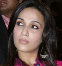 237776_Soundarya-Rajinikanth-Wallpapers-Wide-Tamil-Actors-Actresses_1280x800