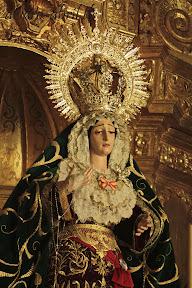 esperanza-guadix-vestida-para-la-coronacion-canonica-de-la-soledad-alvaro-abril-2012-(14).jpg