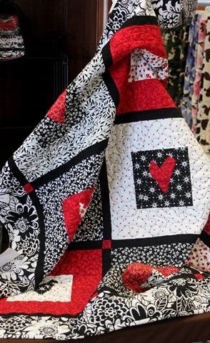 Sweet Valentine Quilt + Kit