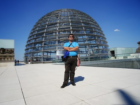 Obiective turistice Berlin:. Dom Bundestag