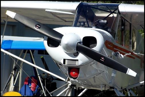 Seaplane fly in 054