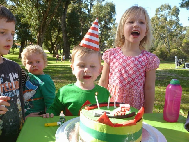 virtù - singing happy birthday